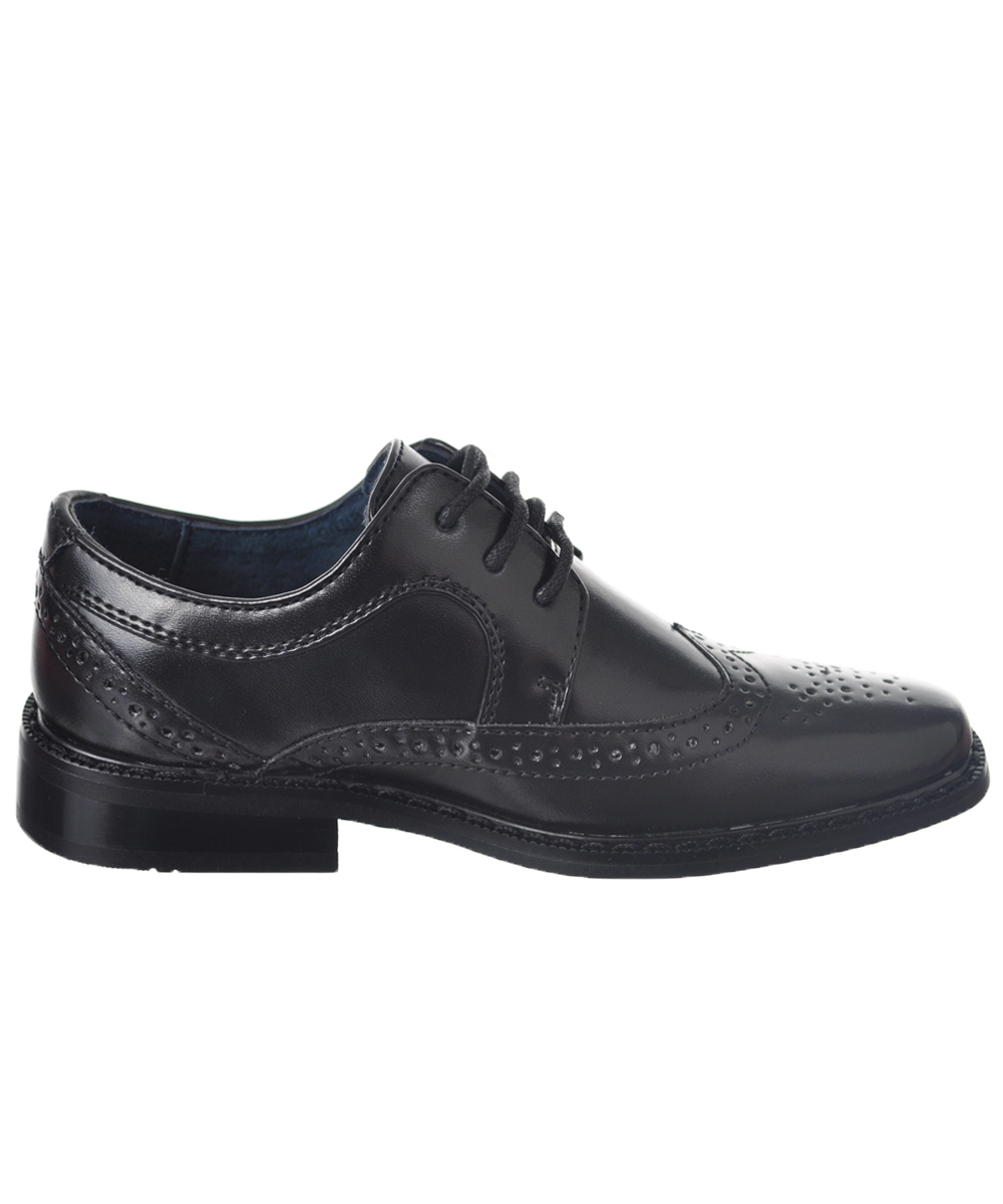 Boys Wingtip Shoes: These snazzy wingtip shoes from Florsheim® are adorably dashing. The leather lining, memory-foam footbed and sturdy laces provide all-day comfort, no matter the occasion. The leather lining, memory-foam footbed and sturdy laces provide all-day comfort, no matter the occasion.